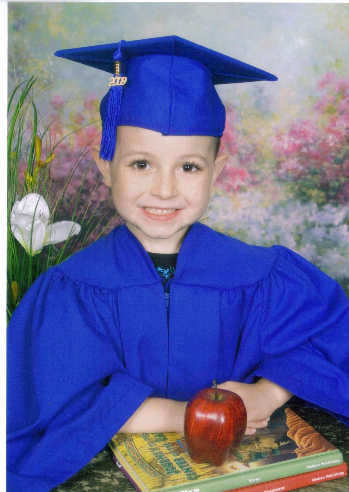 [Nicholas+Graduation+2009.jpg]