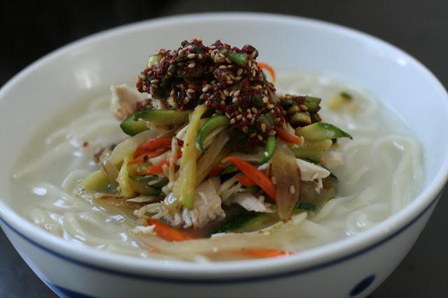 Korean chicken noodle soup - photo#8