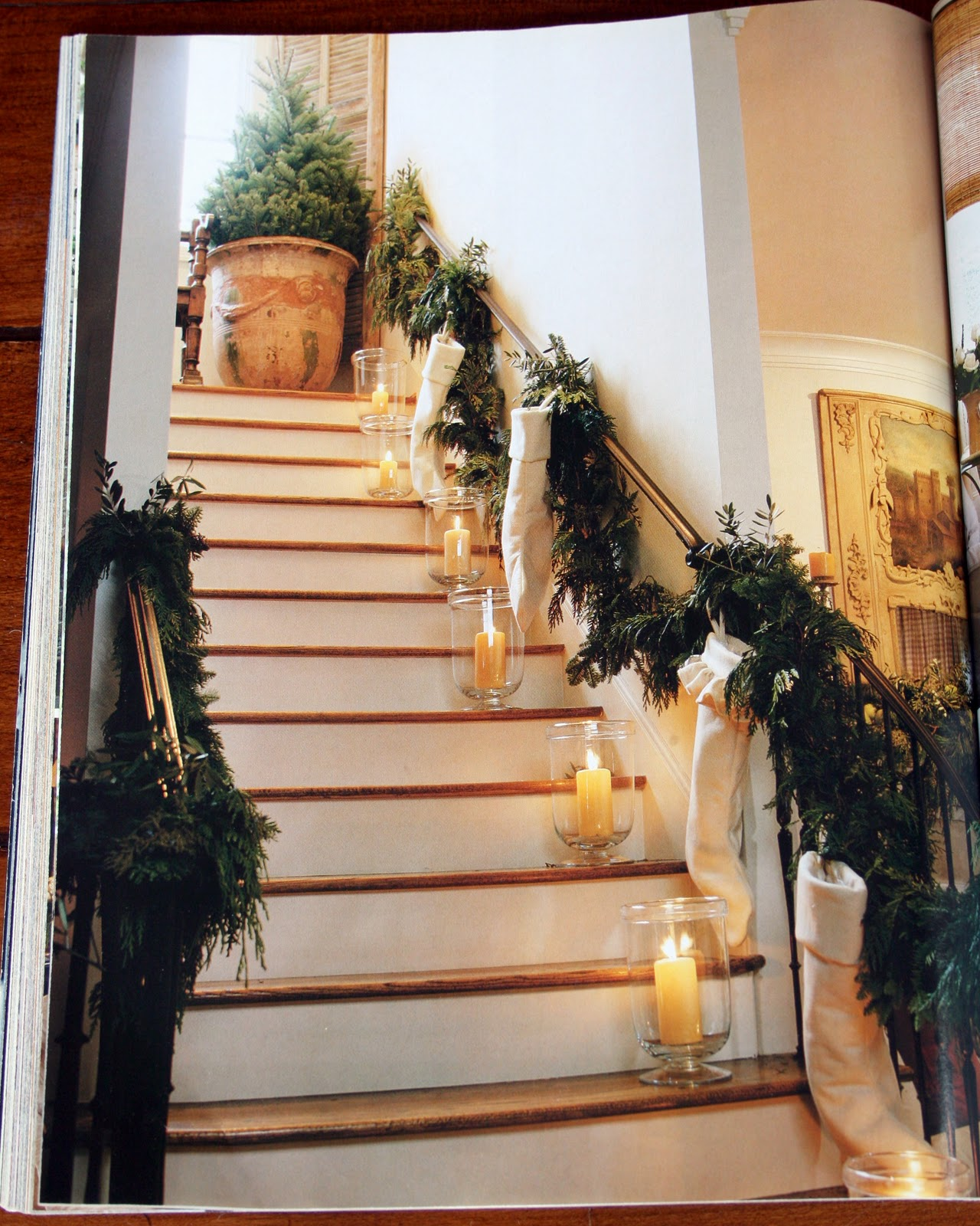 Antiqueaholics: CHRISTMAS DECORATING WITH PAMELA PIERCE - MY FAVORITE