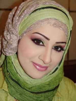 Pretty Omani Hijab Styles and