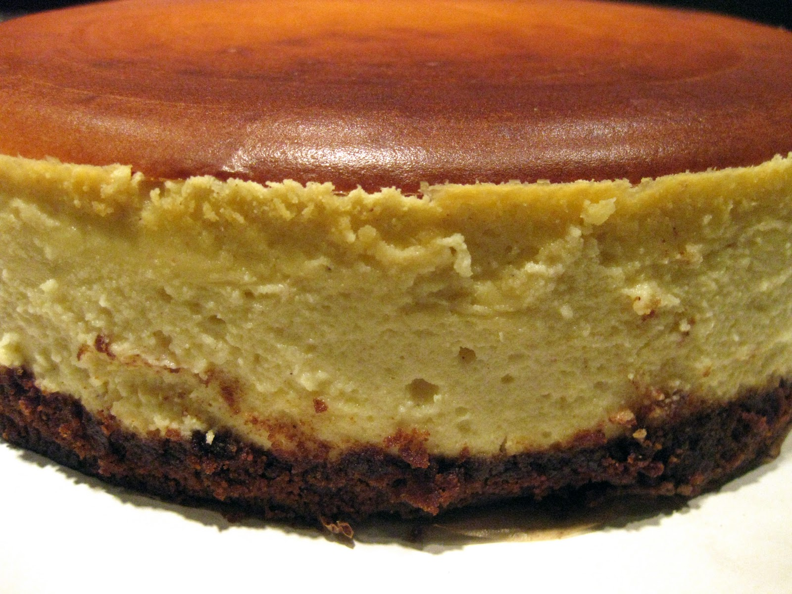 gingersnap crust cheesecake with eggnog cheesecake batter, nutmeg and ...