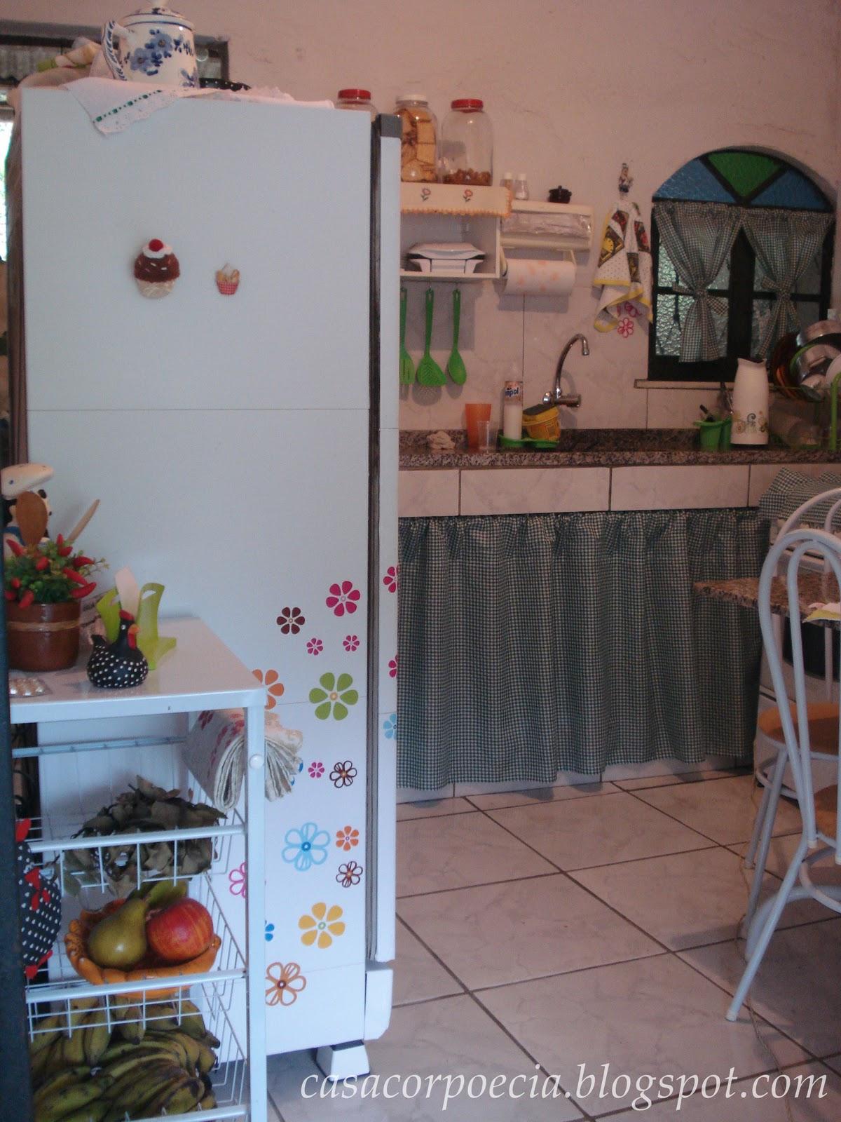 barata: cozinha simples porém muito organizada com idéias simples e  #336199 1200 1600