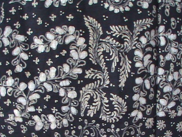batik tulis lasem sekar jagad hitam putih koleksi jeng ida batik art