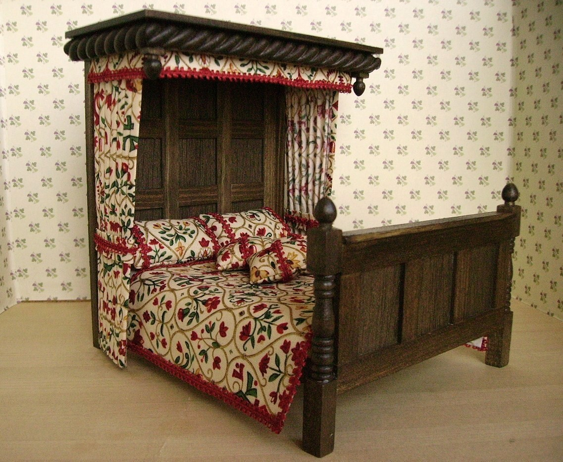 Witch and wizard miniatures fab tudor furniture on etsy for Tudor furnishings