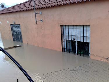 Casa cubierta por el agua