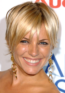 bobs smooth and sleek hair cut into a bob will create a business like