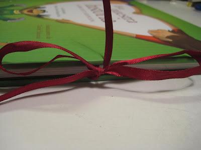 http://4.bp.blogspot.com/_jBXrAykK6Zc/SP88a7AvdlI/AAAAAAAAAMI/dACbFqf7oZc/s400/2-esta+es+nuestra+historia_detalle1.jpg