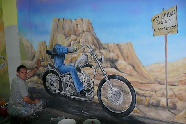 Malowanie na ścianie motoru, mural Harley Devidson. Usługi malarsko dekoracyjne