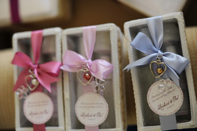wedding giveaways ideas for principal sponsors ~ lading for Nice Wedding Giveaways Nice Wedding Giveaways #10 nice wedding giveaways