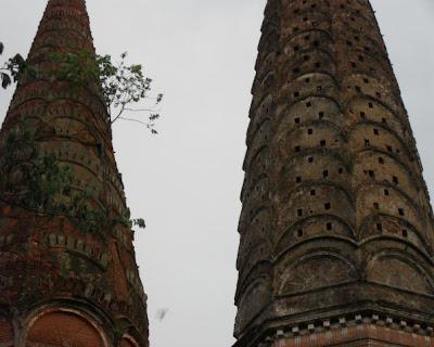 shonarong jora moth, twin temple, tongibari, munshiganj, bangladesh