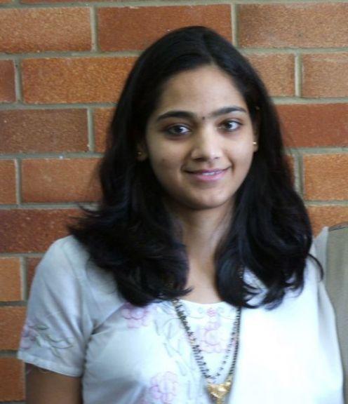 Tamil aunty in white saree mallu aunty gallery