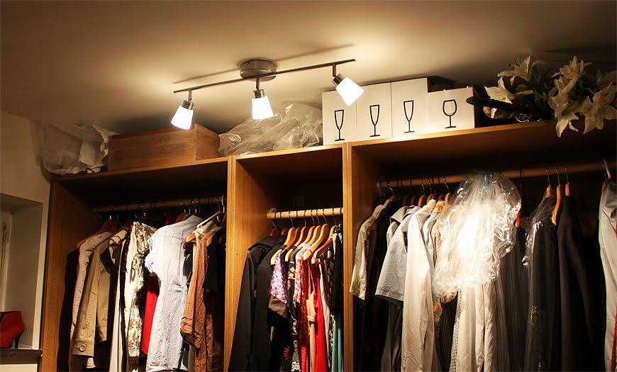 Hänga upp lampa utan att borra u2013 Spegel med belysning