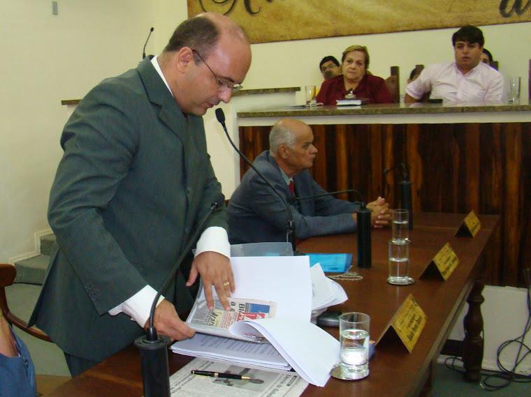 Vereador Saulo Peres é líder do PC do B na Câmara de Araruama
