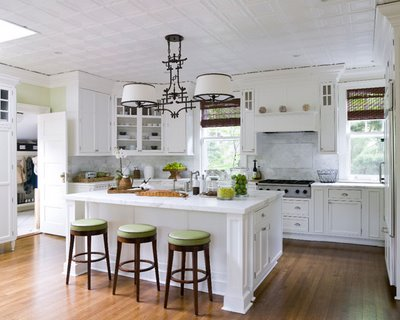 White Kitchen Decorating Ideas - Home Spaces Design