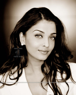 aishwarya_rai_hot_wallpaper_24_sweetangelonly.com