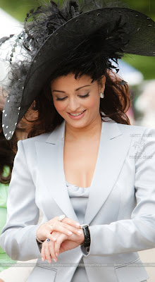 aishwarya_rai_hot_wallpaper_41_sweetangelonly.com