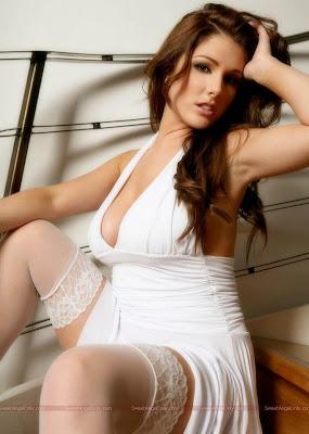 glamour_model_hot_wallpaper_55_www.sweetangelonly.com