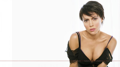 hot_hollywood_actress_lingerie_wallpaper_80_sweetangelonly.com