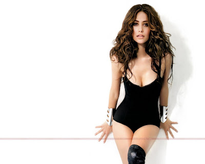emmy_rossum_hot_wallpaper_23_SweetAngelOnly.com