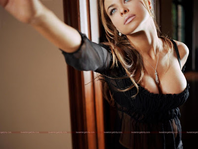 carmen_electra_hot_wallpaper_103_SweetAngelOnly.com