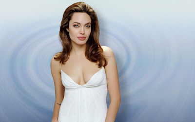angelina_jolie_hot_wallpaper_112_SweetAngelOnly.com