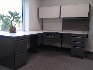 Haworth Office Desk With Overhead Cabinets