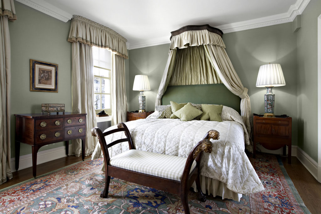 8 Homey Bedroom Ideas That Will Match Your Style: US Interior Designs: PHILIPPA DEVAS IN LONDON