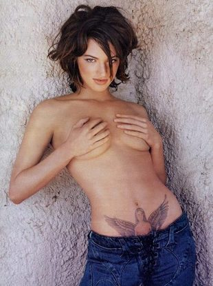 italian tattoos for girls. cross golden-girls-tattoo.