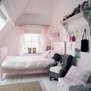 http://4.bp.blogspot.com/_jMr8_MryyKo/SSDHjjgbBwI/AAAAAAAAAyg/-f6tF2YYN7I/s400/Girls+bedroom.jpg