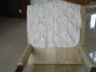 Rosemarys Heirlooms: Heirloom baby blanket (knitted)