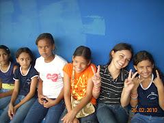 Adolescentes de Guassussê no Peteca