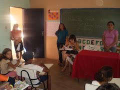 Dra.Fátima Silva advogada dá palestra na Escola JK