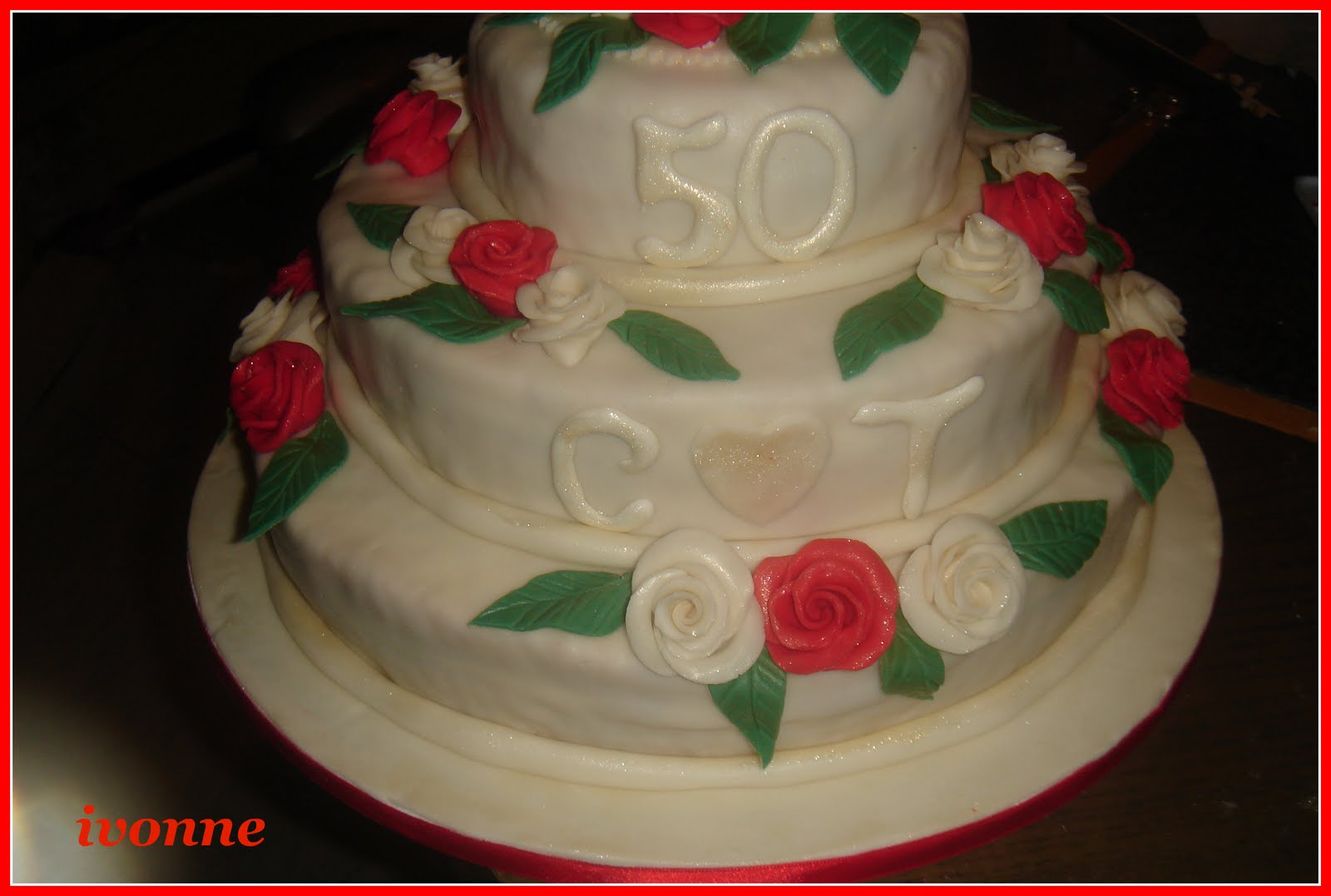 Passione e fantasia torta 50 anniversario matrimonio - Mia suocera in bagno ...
