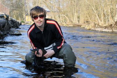 Flugfiske Samuel dominerar