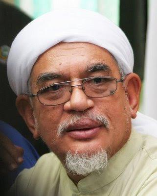 http://4.bp.blogspot.com/_jT1ovMVNaLk/SshScosHFxI/AAAAAAAAA0w/3Xnjhaj7D0U/s400/Gambar+Tuan+Guru+Haji+Abdul+Hadi+Awang+2.jpg
