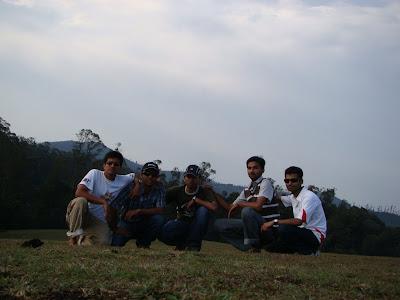 Trip gang at Shooting Medu, Ooty