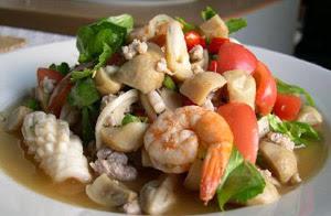 Thai white mushroom salad