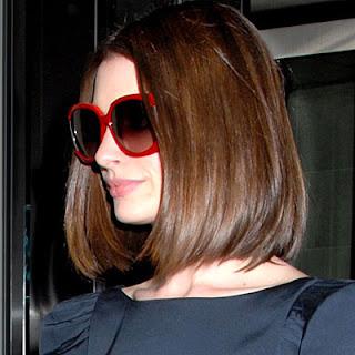 http://4.bp.blogspot.com/_jTUyLq8vqQY/SSKzHVnq8_I/AAAAAAAAAV0/_YO5BKrnqRE/s320/Anne+Hathaway+Jee+Vice+Sunglasses.jpg