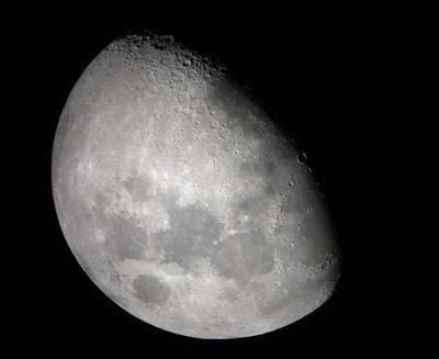 8d 23h moon