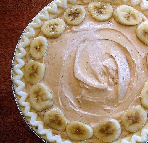 Peanut Butter Banana Cream Pie (Recipe adapted from Bon Appetit . This ...