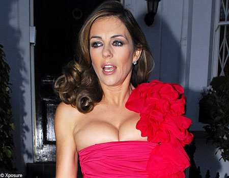YOuTh MaSALa: LIZ HURLEY HOT- SEXY-SEDUCTIVE