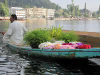 srinagar flower seller