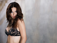 adriana_lima_actress_wallpapers