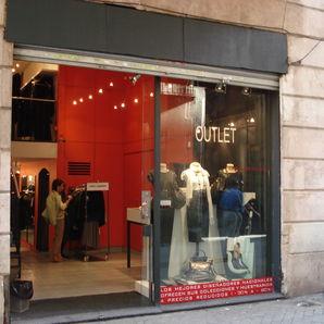 I love barcelona espacio de creadores un outlet con pedigri en barcelona - David delfin outlet ...