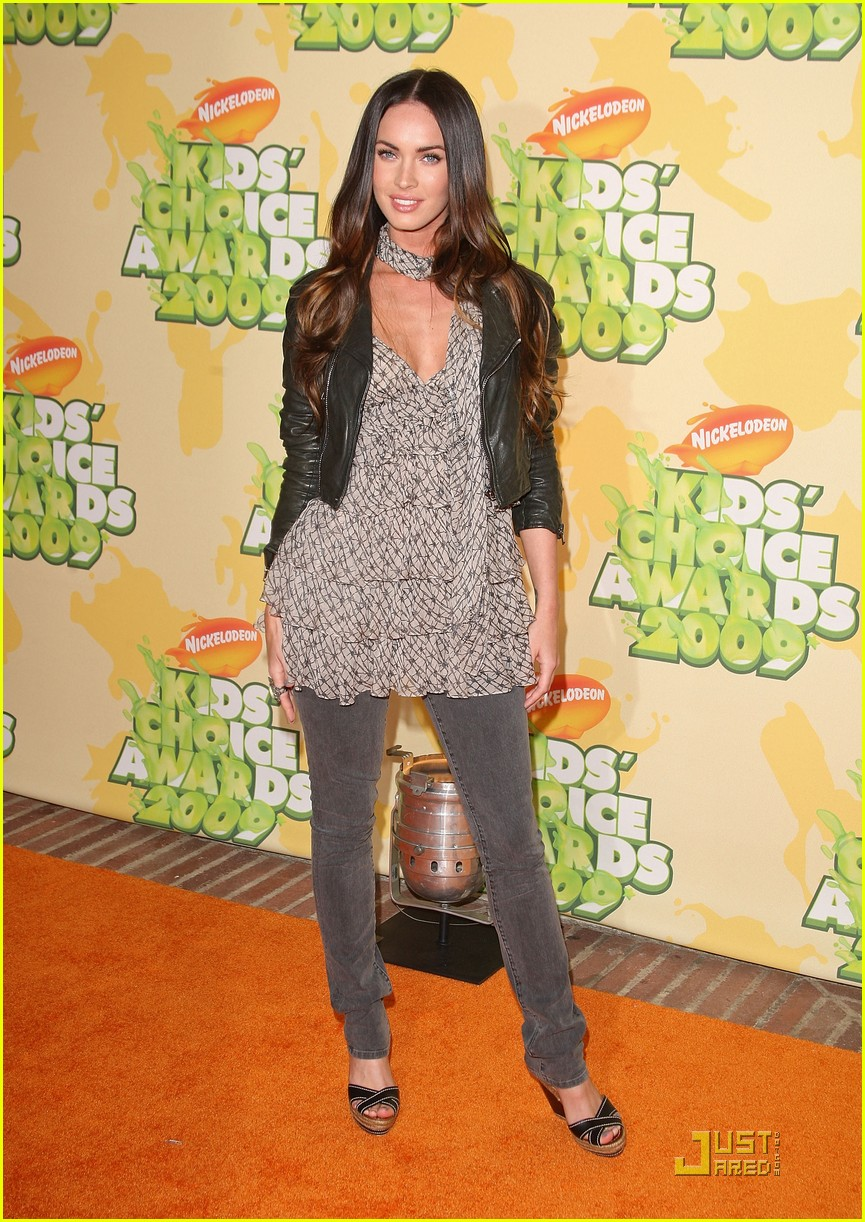 [megan-fox-kids-choice-03.jpe]