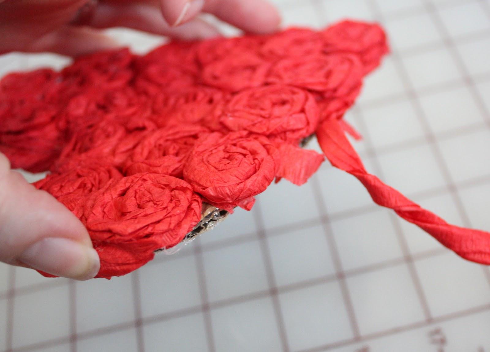 Подарок маме своими руками на день рождения роза из бумаги