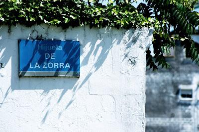 Rótulo de la calle 'Hijuela de la Zorra' (Jerez)