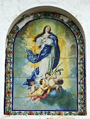 'Escuelas José Antonio': azulejo devocional. (La Barca de la Florida)