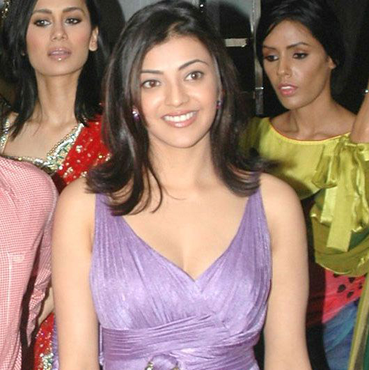 kajal opening of desinger mall of kalanikethan photo gallery