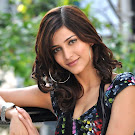 Shruthi Hassan in Cute Black Dress Stills